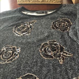 APARTMENT 9 sweater never worn!!!